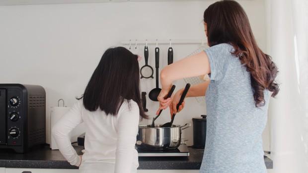 Perempuan Korea Selatan dibebani dengan tugas domestik yang besar.