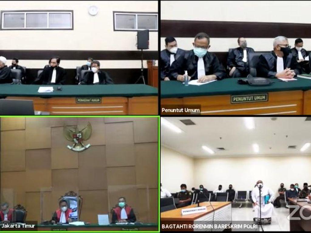 Hakim: Bila Ada Kerumunan, Sidang Offline Rizieq Ditinjau Ulang