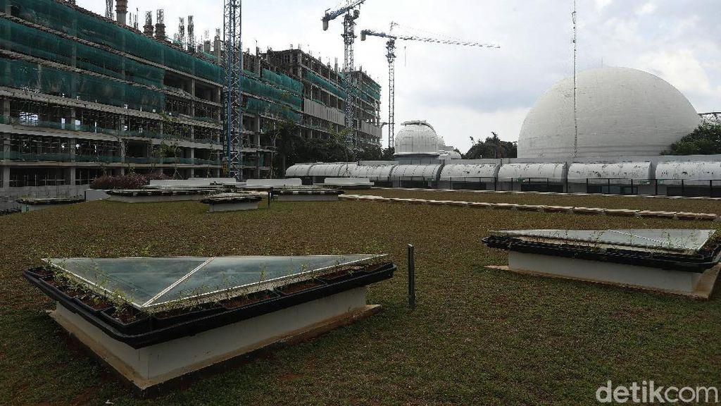 Terkini! Progres Pemugaran Planetarium Jakarta
