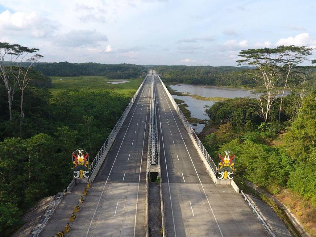 Tol Pertama di Kalimantan Operasi Penuh Agustus, Ini Progresnya