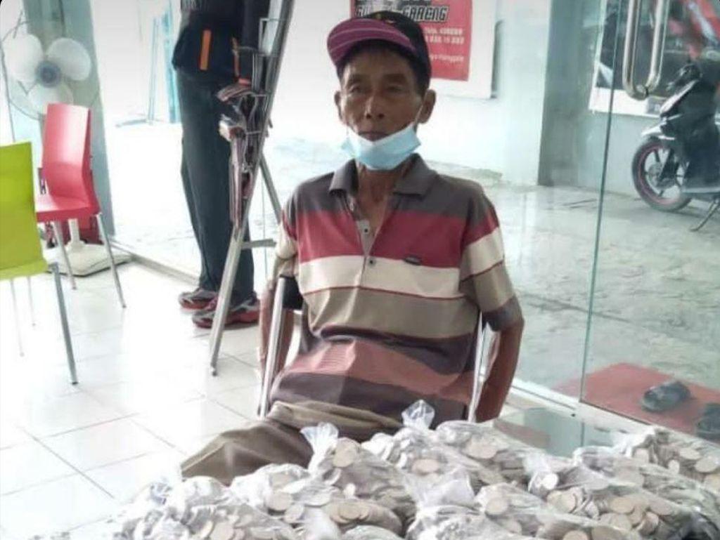 Buruh Tani di Magetan Beli Motor dengan Uang Koin yang Ditabung 3 Tahun