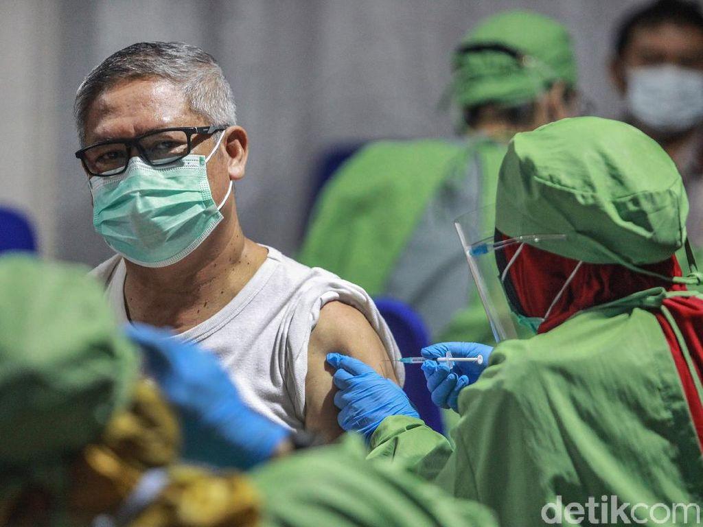 Para Ahli Kembali Ingatkan Urgensi Vaksinasi untuk Lansia