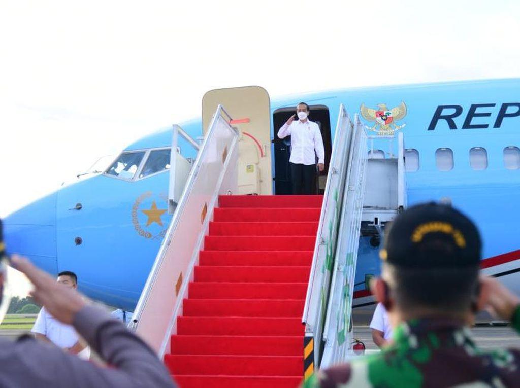 Bertolak ke Malut, Jokowi Akan Resmikan Terminal Bandara Kuabang-Tinjau Vaksinasi