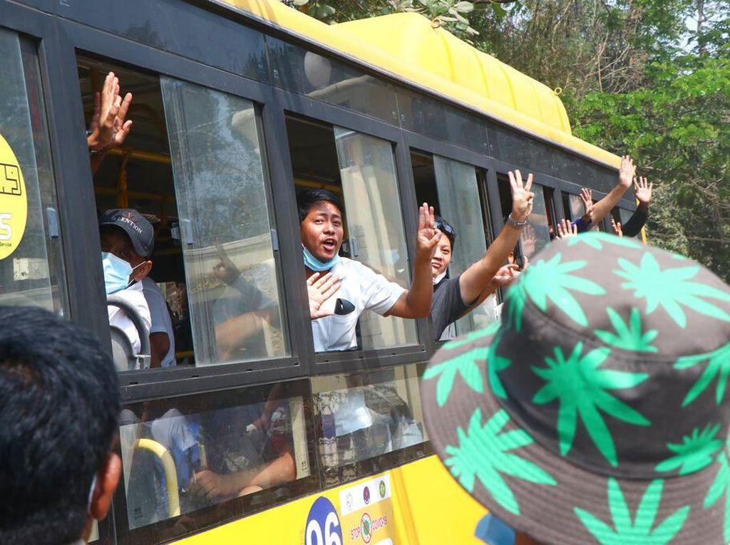 Militer Myanmar Bebaskan 23 Ribu Tahanan
