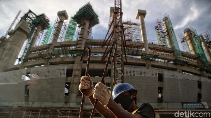 Jakarta International Stadium (JIS) terus dikebut pengerjaannya. Jakarta International Stadium akan menjadi stadion megah berstandar FIFA dan standar bangunan hijau.