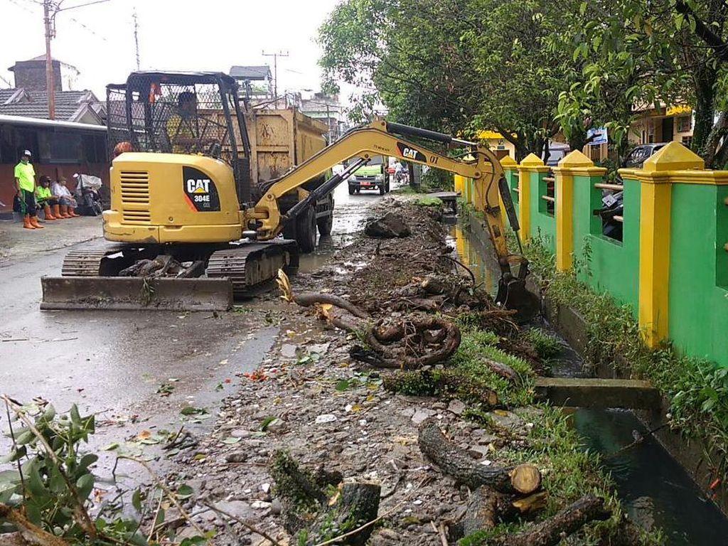 Diperintah Bobby Kemarin, Parit Tumpat Bikin Banjir di Medan Kini Diperbaiki