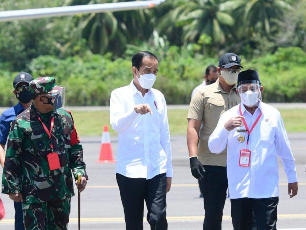 Menhub Dapat PR Khusus dari Jokowi soal Bandara Kuabang yang Sepi