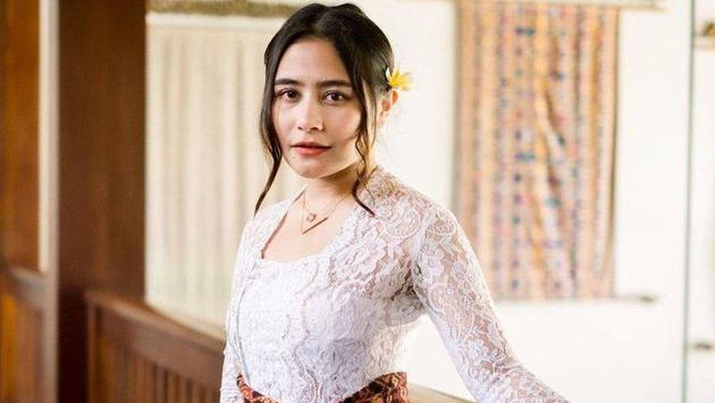 7 Pesona Prilly Latuconsina Cantik Berbalut Kebaya Bali, Bikin Netizen Terpana