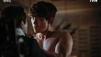 10 Villain Drakor Bikin Oleng Karena Kegantengannya, Terbaru TaecYeon