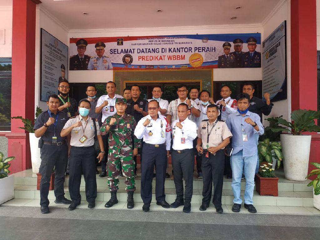 Imigrasi Surabaya Sinergi dengan Bandara Juanda Tingkatkan Timpora Udara