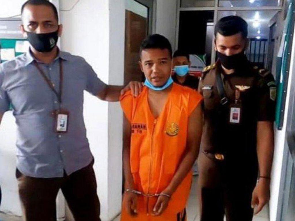 Kejari Pidie Jaya Tangkap DPO Ujaran Kebencian Terhadap Gubernur Aceh