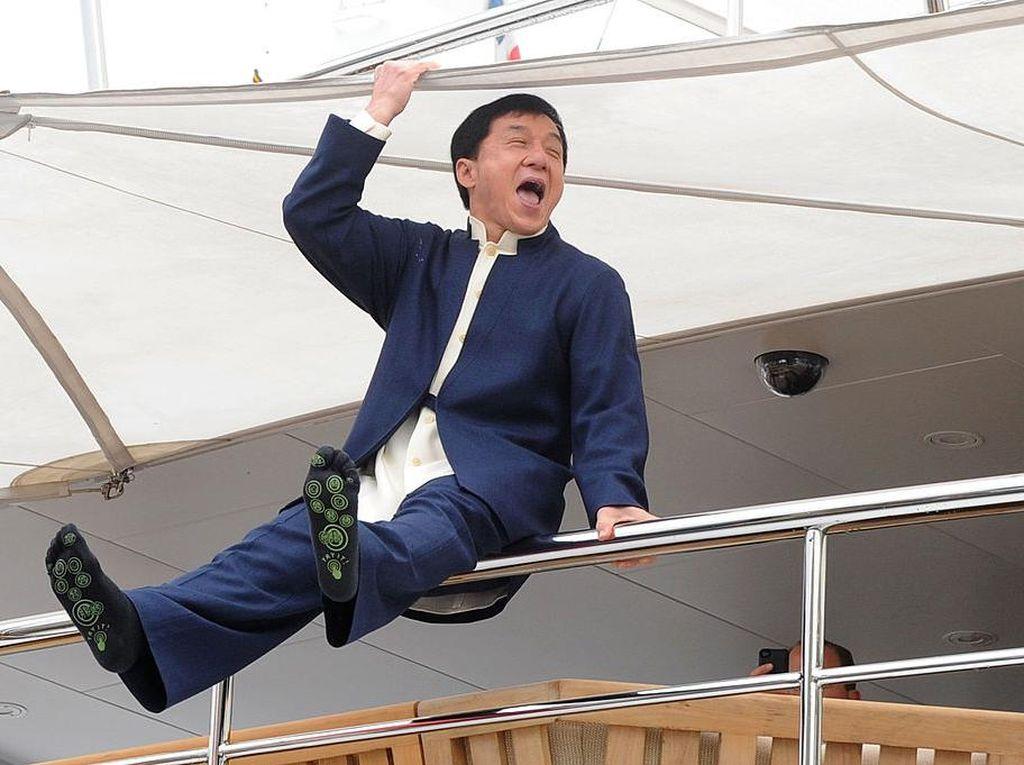 Jackie Chan yang Tak Diinginkan Menjadi Tua