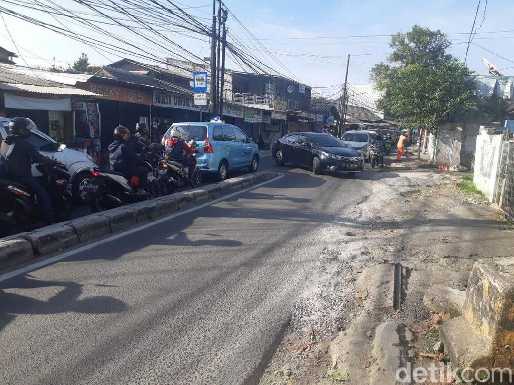 Rekayasa Putar Balik di Jl Moh Kahfi I Tunggu Barrier dari Dishub