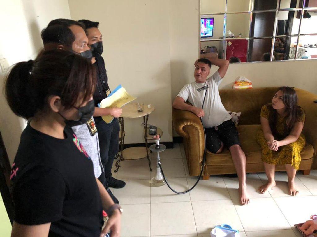 Bareskrim Tangkap Pria Irak Penyalur TKI Ilegal di Apartemen Jaktim