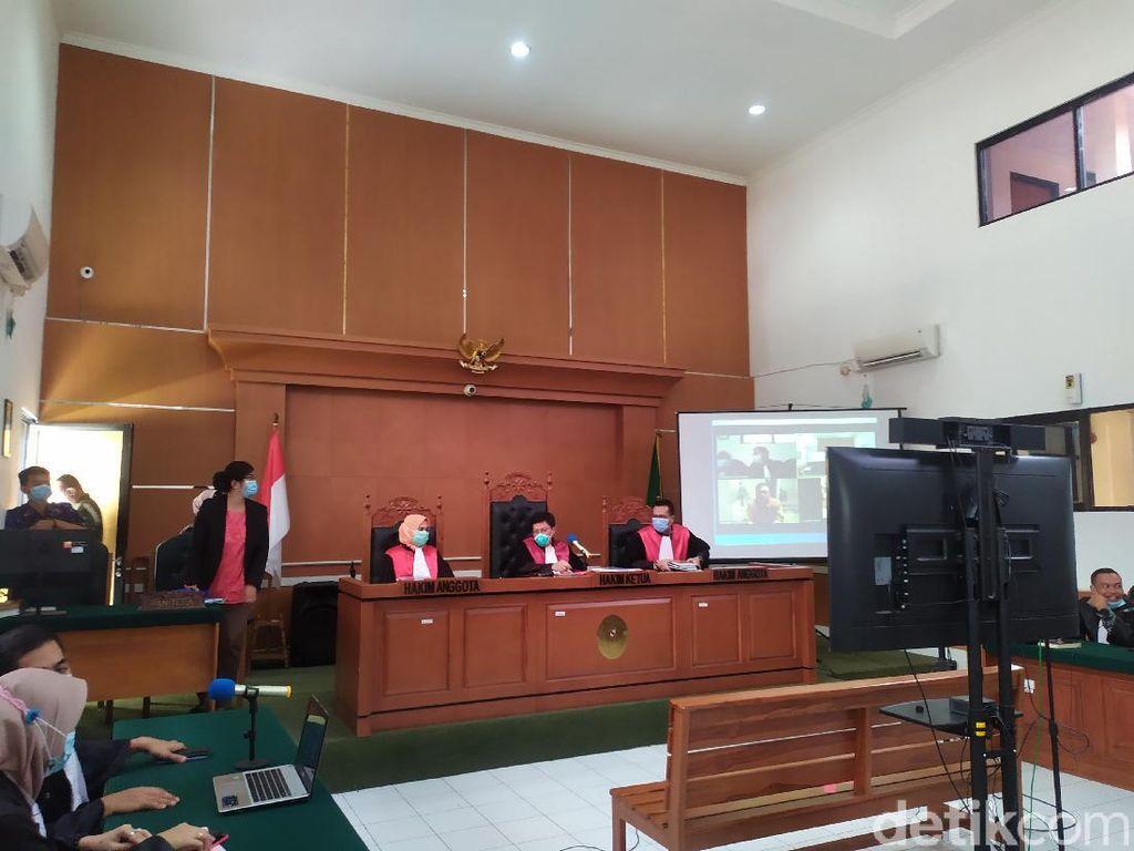 Jaksa Belum Siap, Sidang Tuntutan Syahganda Nainggolan Ditunda