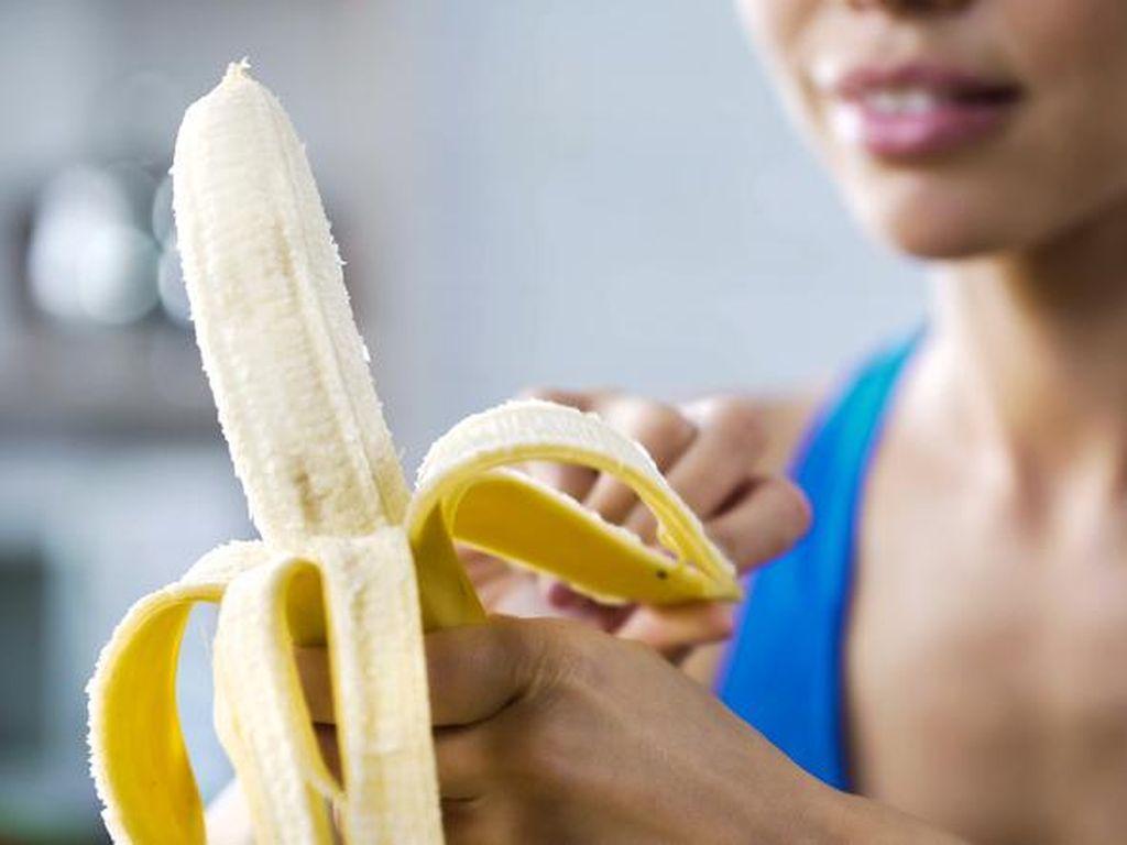 Stop Makan Pisang Saat Perut Kosong, Ini Bahayanya Kata Ahli