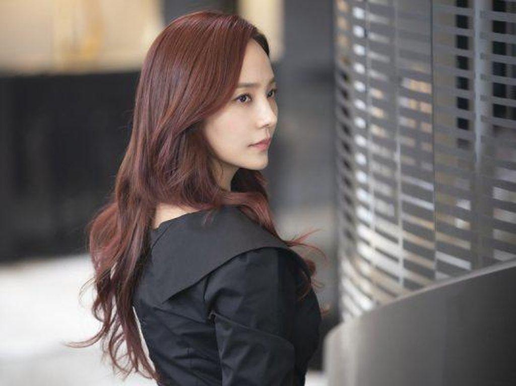 The Penthouse 2 Episode 8 Makin Seru, Yoon Hee Bertemu Ae Gyo!
