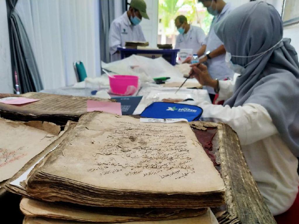 Perpusnas RI Perbaiki 150 Manuskrip Kuno Koleksi Cek Midi