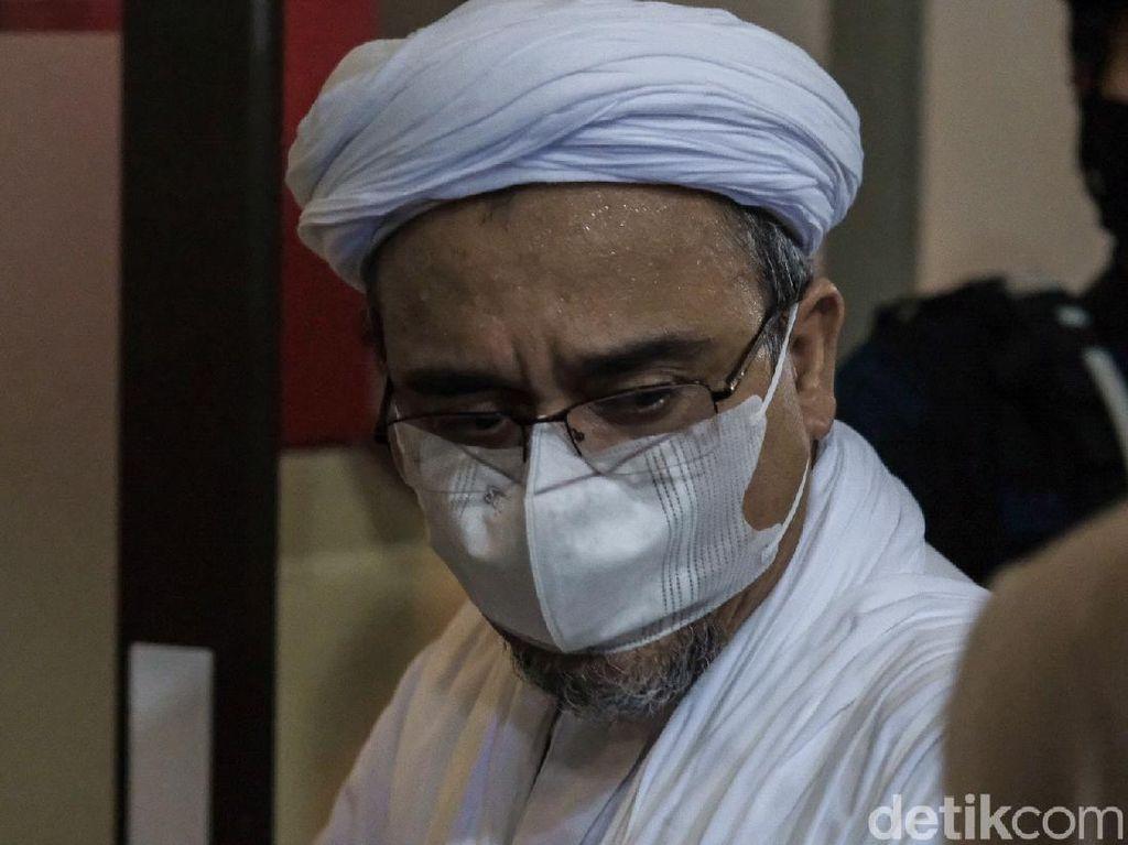 Habib Rizieq Jalani Sidang Pemeriksaan Saksi Kasus Kerumunan Pagi Ini