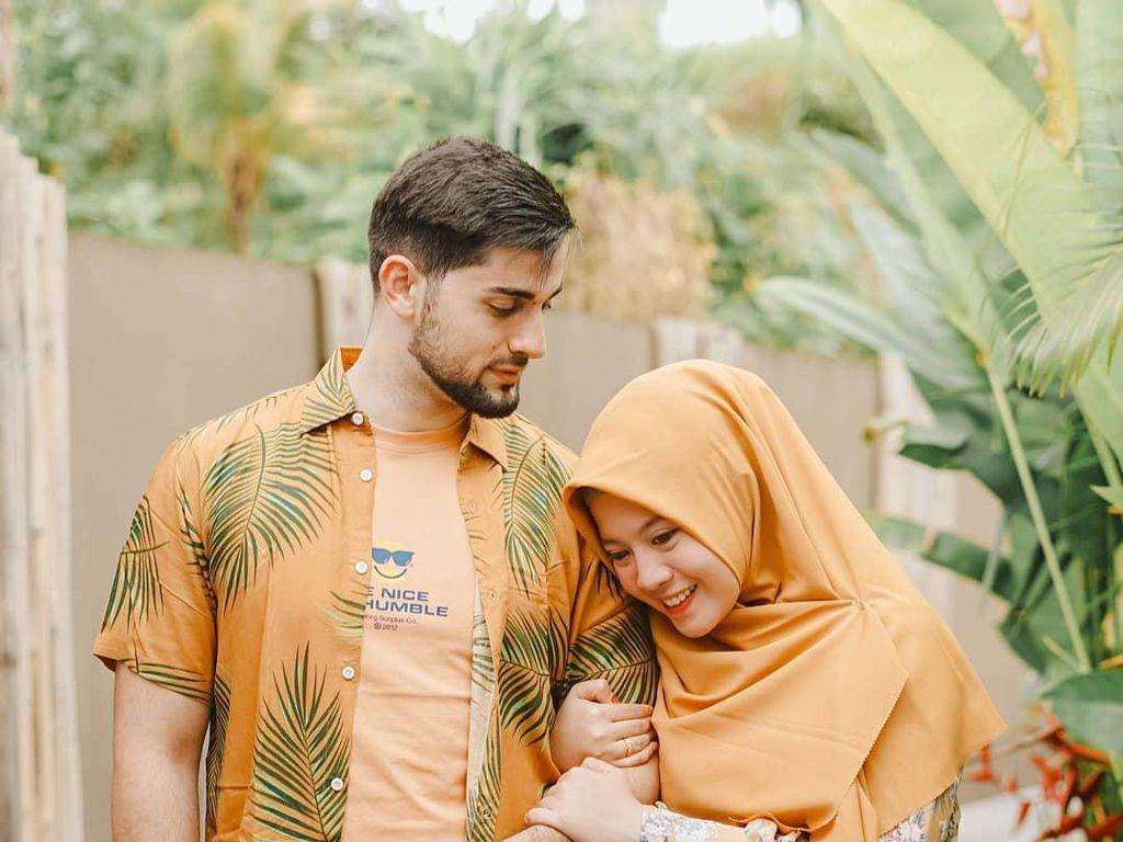 Viral Kisah Perjuangan Bule Palestina Menikahi Makeup Artist Berhijab Malang