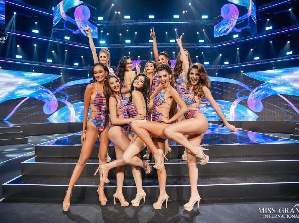 Intip 8 Gaya Finalis Miss Grand International Saat Kompetisi Baju Renang