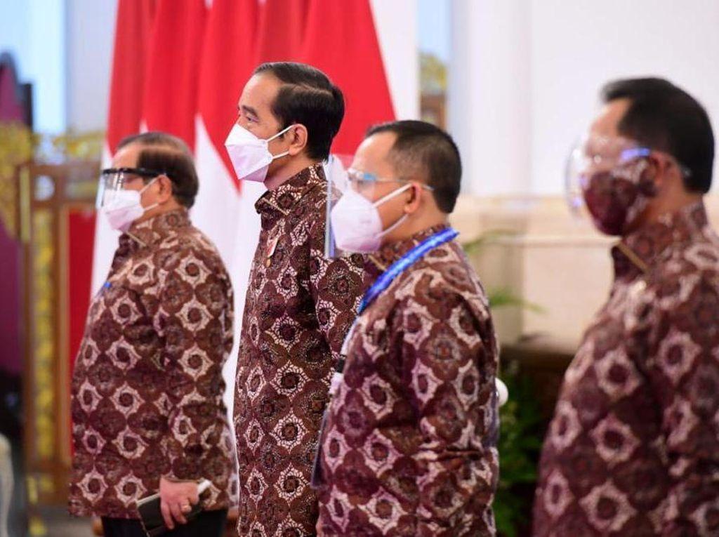 Munas Dibuka Jokowi, Apkasi Laporkan Refocusing APBD hingga Vaksinasi