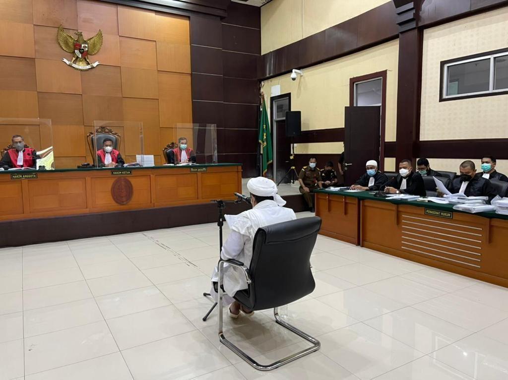 Eksepsi Habib Rizieq di Kasus Swab Palsu RS Ummi Bogor Ditolak!