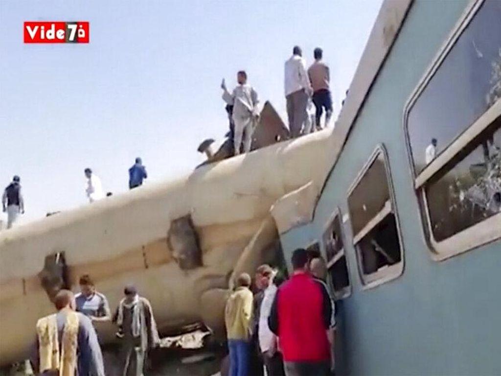 Ada Penumpang Tarik Rem Darurat Sebelum Tabrakan Maut 2 Kereta di Mesir
