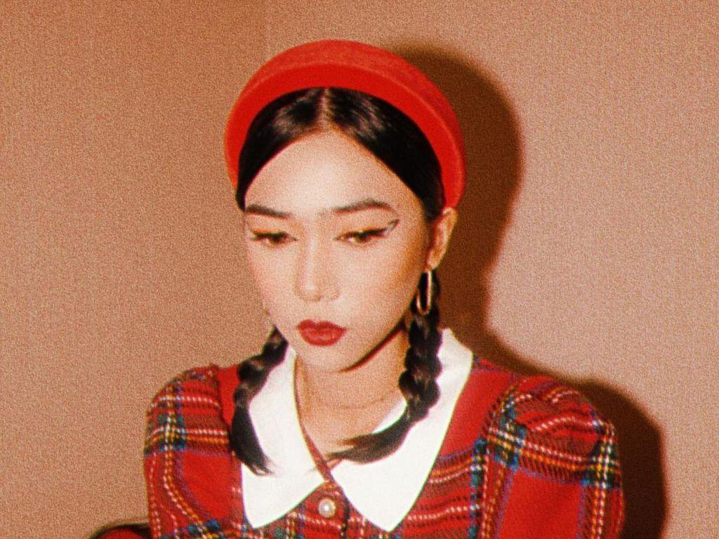 7 Potret Isyana Sarasvati Disebut Mirip Cheon Seo Jin The Penthouse 2