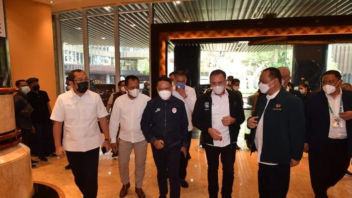 Menpora Zainudin Amali membuka Kongres Luar Biasa PSSI Jatim, Sabtu (27/3/2021)