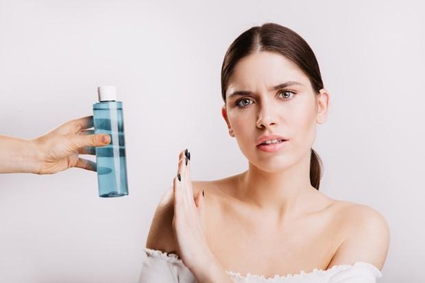 Resiko Penggabungan Bahan Aktif Skincare dan Solusinya/freepik.com