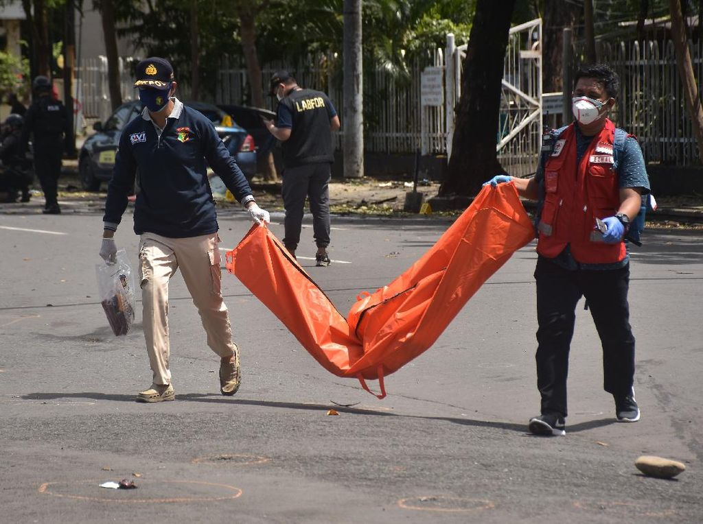 Kelompok Bomber Makassar Bahas Rencana Teror di Grup WA Batalyon Iman