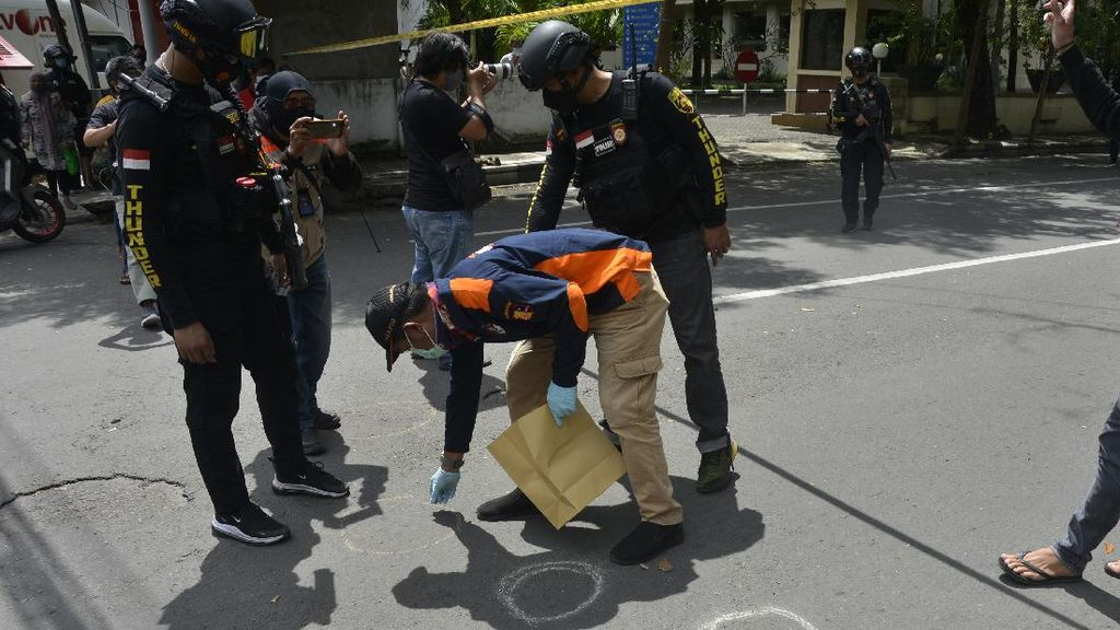 Lokasi Ledakan Bom Bunuh Diri di Makassar Diperiksa Polisi