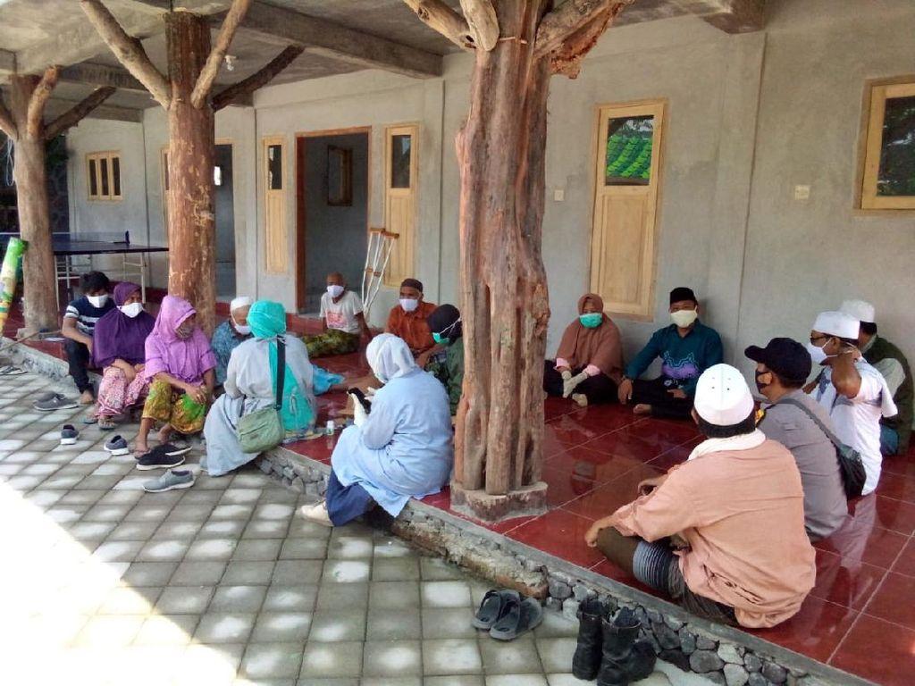 Kampung Sehat Giri Sasak Perkuat Pengawasan Demi Kendalikan COVID-19