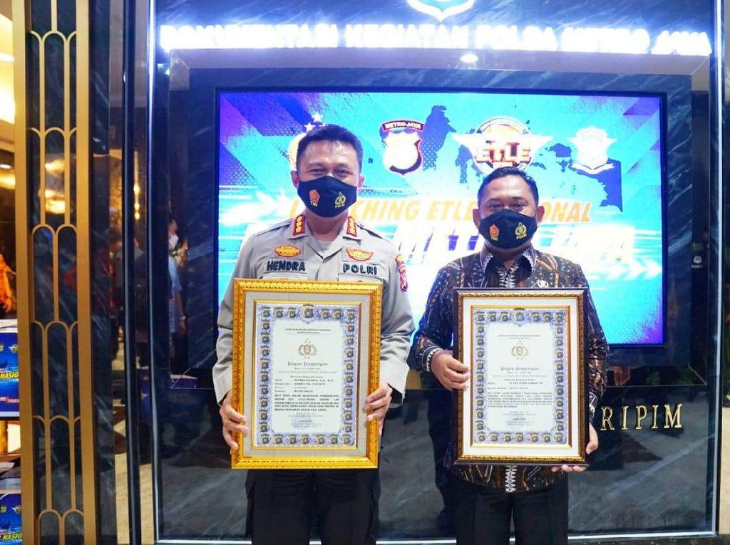 Inovasi e-TLE Pertama di Kabupaten Bekasi Berbuah Penghargaan