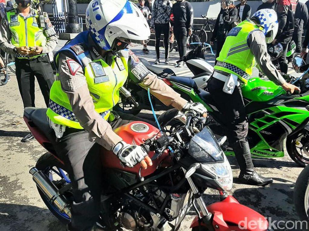 Polisi: 12 Rombongan Moge Ducati Tetap Ditilang, Karena Knalpot Bising