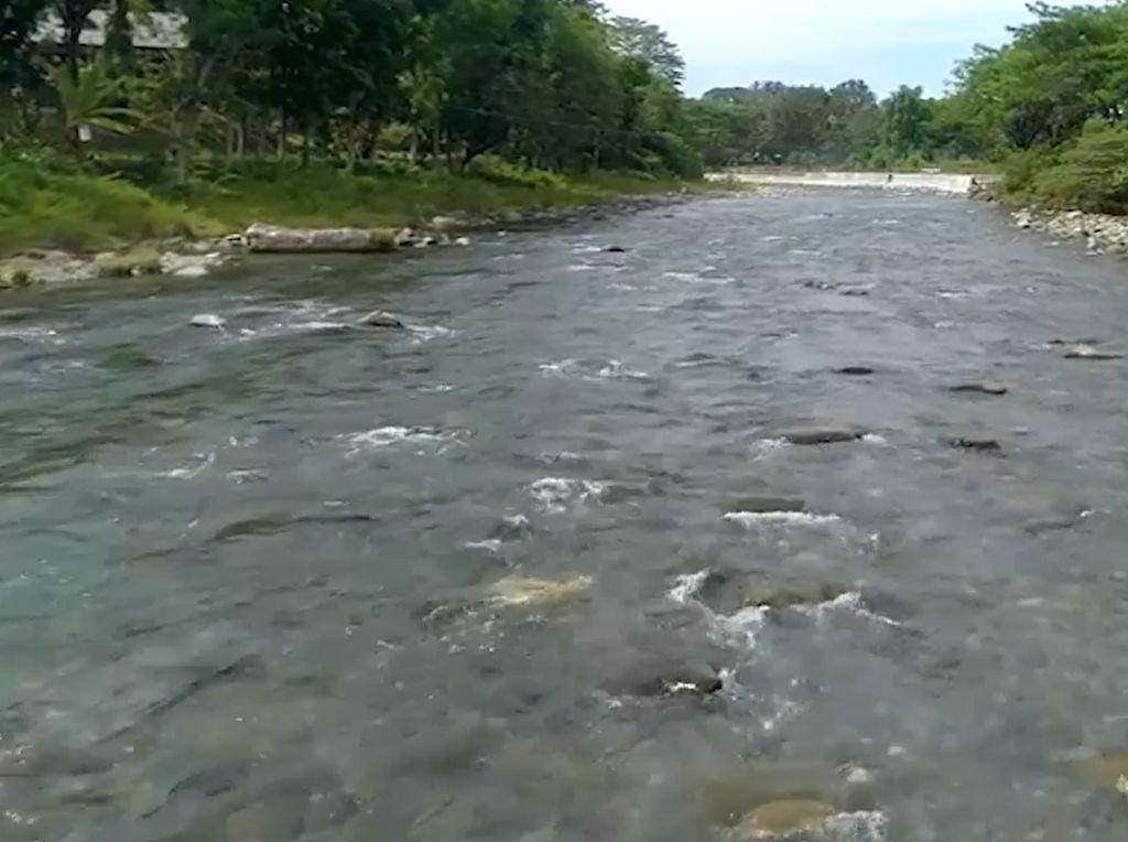 My Trip My Adventure: Ada Sungai Beraliran Panas dan Dingin di Sumut