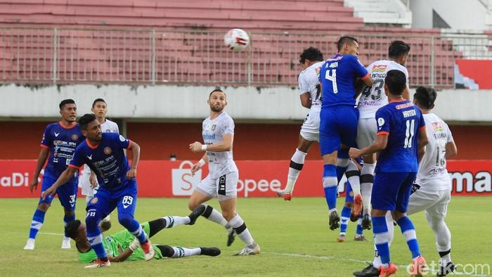 Bali United membuka asa lolos ke perempatfinal Piala Menpora 2021. Itu setelah Serdadu Tridatu sukses mengalahkan Persiraja Banda Aceh 2-0 di matchday kedua Grup D.