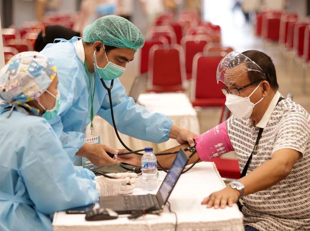 Pentingnya Asupan Multivitamin Meski Sudah Disuntik Vaksin