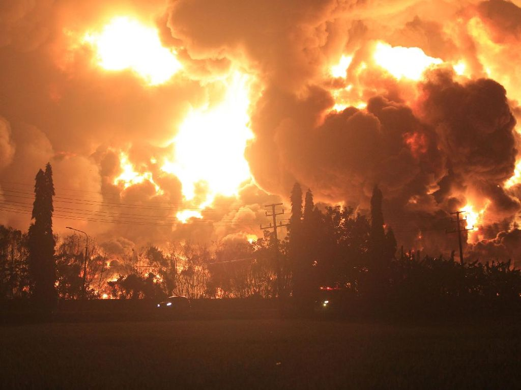 Kilang Pertamina Balongan Terbakar, Indramayu Jadi Trending Topic