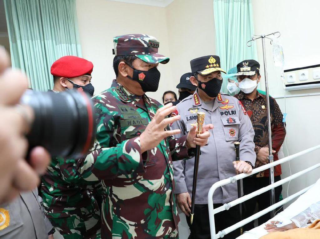Panglima TNI dan Kapolri Jenguk Korban Luka Bom Bunuh Diri Makassar