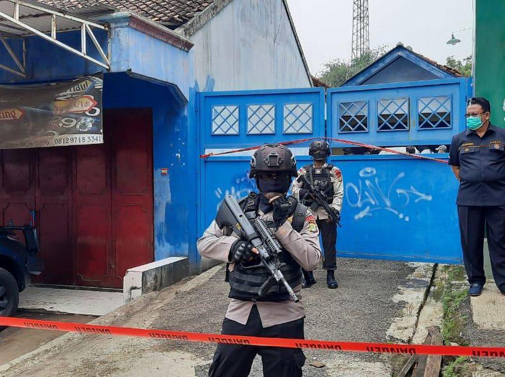 Kapolda Metro: Terduga Teroris Ditangkap di Bekasi Diduga Pemilik Bom