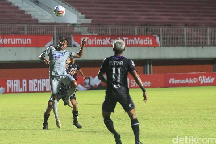 Persib meraih kemenangan perdana di matchday kedua Grup D Piala Menpora 2021. Berjumpa Persita Tangerang, Maung Bandung menang 3-1.