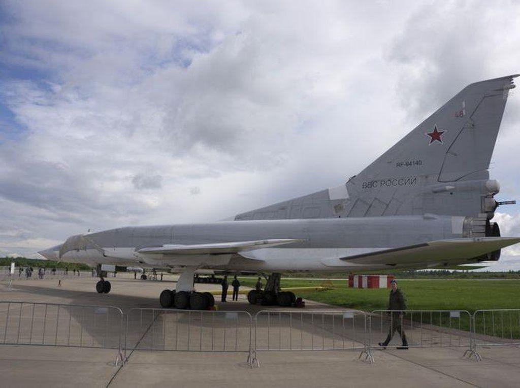 3 Pilot Rusia Meninggal Gegara Tak Sengaja Terlontar dari Kokpit