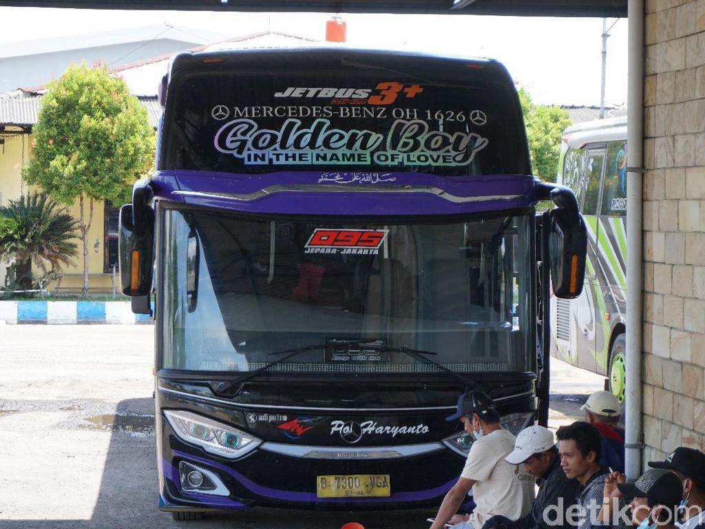 Mercy-Hino, Mana yang Jadi Tambang Uang buat PO Bus?