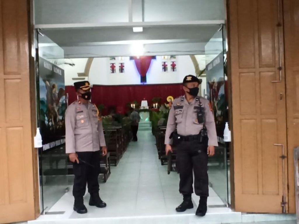 Pasca Bom Makassar, Polisi Jaga Ketat Gereja di Palopo Sulsel