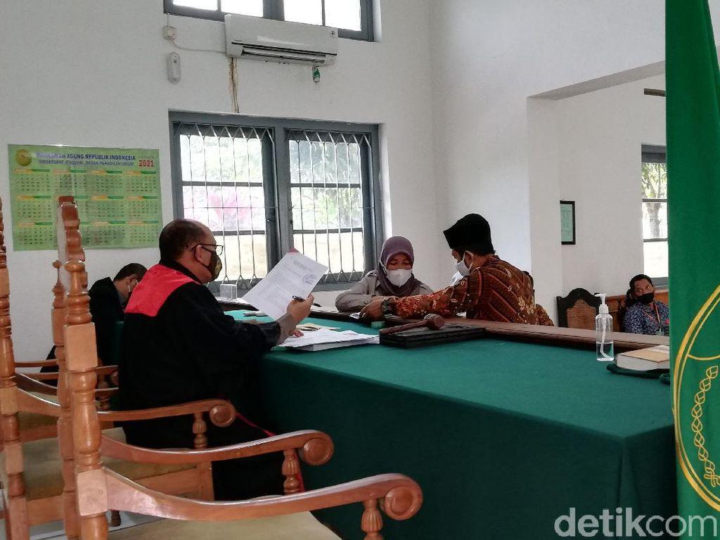 Sidang Perdana Praperadilan Komentar Negatif Jabatan Gibran Digelar