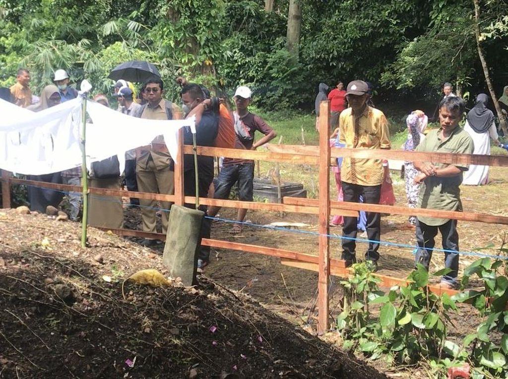 Kuburan Tanpa Nama Meninggi 1,5 Meter di Sumbar Diduga Makam Suku Panyalai