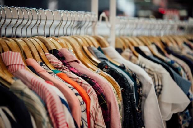 Barang di thrift shop berasal dari warga untuk warga