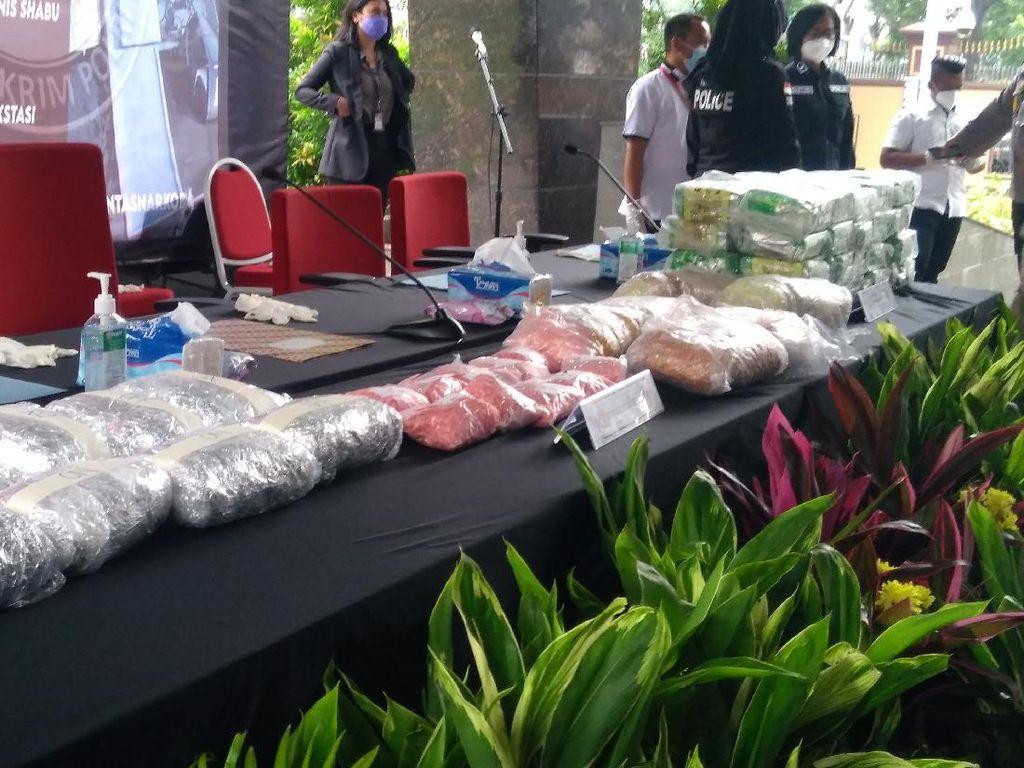 Bareskrim Ungkap Kasus Narkoba Jaringan Sumatera-Malaysia, Sita 42,3 Kg Sabu